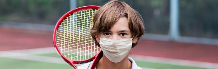 El uso de mascarillas en niños en deporte <div id='b'> <span class='sb'><br><strong>Asociación Española de Pediatría</strong></span></b>
